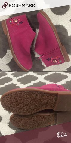 Girls Hanna Andersson booties New without tags! Hanna Anderson booties - size 3 ❤️ Hanna Andersson Shoes