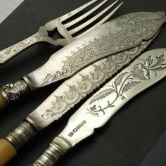 Actually, these are fish knives... love the fork detail.