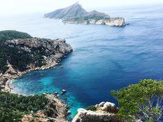Mallorca bietet viele Wanderwege verschiedener Schwierigkeitsgrade, die entlang der Küste führen und traumhafte Ausblicke garantieren. 5 besonders schöne.
