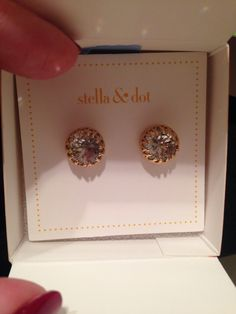 Stella and Dot nancy studs are a staple! Stella And Dot Jewelry, Bling Bling, Class Ring, Icing, Jewelry Box, Jewerly, Studs, Fashion Beauty, Fashion Accessories