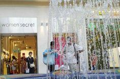 Маммут торговый центр в Будапеште | Mammut Pláza, Budapest Curtains, Shower, Prints, Home Decor, Rain Shower Heads, Blinds, Decoration Home, Room Decor, Showers