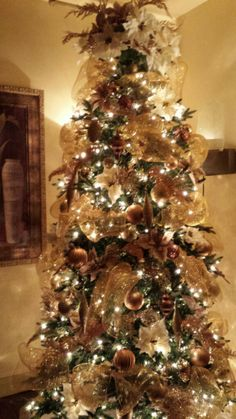 1000 images about christmas trees on pinterest gold Brown and gold christmas tree