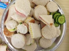 Shape Sandwiches- a great hands on way to find out about properties of shapes... then eat them!!! www.learninglady.co.uk