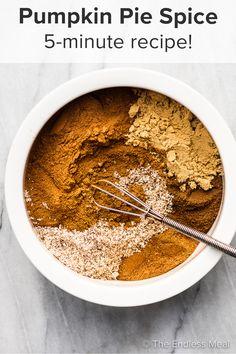 Pumpkin Oatmeal, Pumpkin Soup, Pumpkin Pie Spice, Sweet Desserts, Sweet Recipes, Vegan Desserts, Vegan Recipes, Pie Spice Recipe, Pumpkin Sugar Cookies