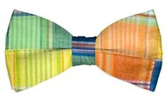 Grass Mens Bow Tie by Loudmouth Golf.  Buy it @ ReadyGolf.com Mens Golf, Men's Apparel, Grass, Guy, Bows, Stuff To Buy, Fashion, Arches, Moda