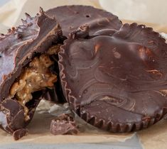 SuperValu Clare Anne O'Keefe Almond Butter Chocolate Cups Fun Pizza Recipes, Skewer Recipes, Lunch Box Recipes, Wrap Recipes, Real Food Recipes, Berry Smoothie Recipe, Smoothie Recipes, Ice Lolly Recipes, Veggie Rolls