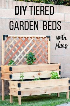 So perfect! This DIY raised garden bed with legs and trellis is so easy to make. This is made using cedar but can be made with pallets too! Perfect elevated planter for vegetables and flowers! Great for patio or deck. Full tutorial and video of how to bui Raised Garden Bed Plans, Raised Beds, Raised Patio, Raised Herb Garden, Small Raised Garden Ideas, Elevated Garden Beds, Raised Garden Planters, Raised Planter Boxes, Raised Flower Beds