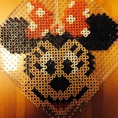Minnie Mouse hama beads by thelolenone