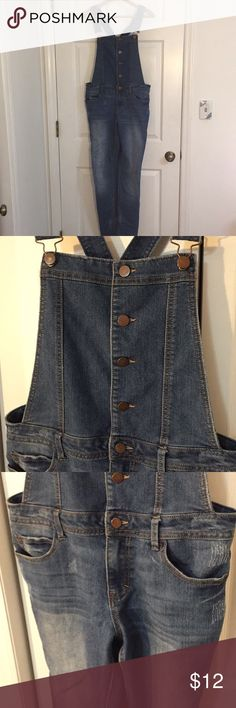Distressed skinny overalls Cute stretchy, skinny overalls. Adjustable straps. Button closure. Size large. Please see measurements. By fire Los Angeles. Waist 18 inches  Inseam about 30 1/2 Feel free to ask questions! Thank you for looking! Fire Los Angeles Jeans Overalls
