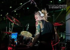 Ph: @Events_box #drum #drumsticks #beataday #drummer #drummers #drumming #evansdrumheads #vicfirth #musician #bassguitar #guitar #recording #pearldrums #recordingstudio #bateria #drumkit #batterie #batteria #percussion #drumset #myzildjian #worldbestdrummers #moderndrummer #drumporn  #gospelchops #groove #vf15 #tamadrums #tama @zildjiancompany @remopercussion @officialtamadrums @vicfirth by giulia_bacc_