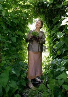 Alice Waters, the grand dame of the slow food movement, says she is more of a picker than a planter in the garden. food-porn