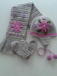 Crochet Kids Hats, Crochet Scarves, Crochet Clothes, Knitted Hats, Crochet Cape, Crochet Beanie, Knit Crochet, Crochet Flower Patterns, Crochet Designs