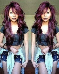 I love the outfit, her hair is very beautiful too, I want her awsome purple hair Unique Hairstyles, Pretty Hairstyles, Latest Hairstyles, Natural Hair Styles, Long Hair Styles, Love Hair, Hair Dos, Dyed Hair, Hair Inspiration