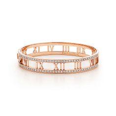 ティファニー アトラス ヒンジ バングル (ミディアム) ダイヤモンド 18K ローズ ゴールド | Tiffany & Co.