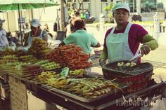Comida callejera en Tailandia Bangkok,las playas donde sea siempre la más rica y mejor opción va a ser la comida de la calle!