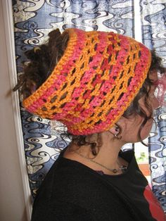 Free Pattern for crocheted dreadlock tube.  Wonder if my beautiful daughter-in-law would like this?