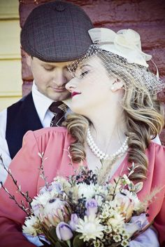 50s wedding style- Engagement pictures