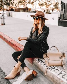 Black Leather Jacket Outfit, All Black Outfit, Leather Pants, Fall Outfits For Work, Outfits With Hats, Jean Outfits, Winter Sweater Outfits, Casual Winter Outfits, Summer Outfits