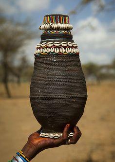 Gift for Gada ceremony in Karrayyu tribe - Ethiopia. Photo credit: Eric Lafforgue