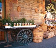 Explore the Barossa Valley - Hahndorf