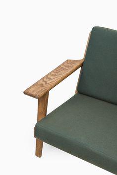 Hans Wegner GE-290 sofa by Getama in oak at Studio Schalling #wegner #getama #retro
