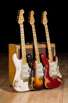 Fender Guitars Left Handed Fender Guitar Strap Lock – tipos de guitarra y tocar guitarra Guitar Pics, Jazz Guitar, Music Guitar, Cool Guitar, Playing Guitar, Fender Stratocaster, Gretsch, Fender Acoustic Guitar, Fender Guitars