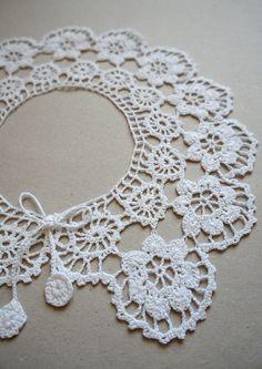Lovely Lace Crochet Collar white cotton stunning piece. by Zofija, $35.00