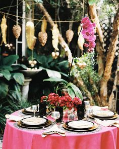Impress holiday dinner party guests with festive outdoor table decorations similar to this one.