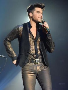 Adam on tour in Europe. Black Leather Pants, Leather Men, Leather Jacket, Leather Trousers, Adam Lambert, Adam Style, Boys Long Hairstyles, Young Fashion, Men's Fashion