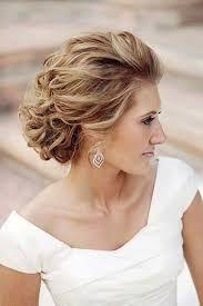Resultado de imagem para penteados para casamento para mãe da noiva