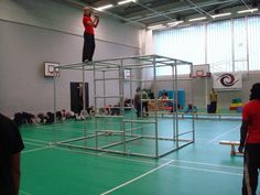 Learning how to do parkour in a gym.  #wolo    #weightofflifeon