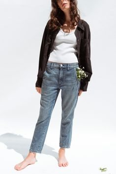 Alix of Bohemia: Handmade Fashion, Modern Bohemian Gorgeous Body, Gorgeous Feet, Sexy Toes, Boyish, Celebrity Feet, Unique Fashion, Fashion Forward, Mom Jeans, Indigo