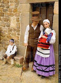 trajes regionales de cantabria - Buscar con Google