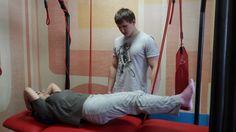 """Для тех, у кого жизнь - боль! Одна из наших клиенток проходит курс занятий на установке """"Экзарта"""". Молодая мама жаловалась на боли в спине и шее. Занятия проходят по специальной методике, смысл которой заключается в выявлении неработающих и перегруженных мышц и суставов, активации глубоких мышц и правильном перераспределении нагрузки на мышцы и суставы человека. Тело человека начинает работать правильно и боль уходит.  Поддерживаем молодую маму! Ставим лайки!"""