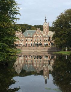 "Santpoort (Noord-Holland) - Estate / Nachlass / Propriété ""Duin- en Kruidberg"""