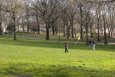 Home to the oldest and largest pool in the city, this park along the East River also boasts tennis courts, a track, walking trails, basketball courts and multiple playgrounds