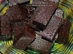 Bertemu kembali.. Kali ni nak share satu lagi resepi kek kukus negeri sarawak yg agak2 kalo raya antara kek yg paling laris di meja hidanga...