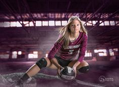 The best & most creative GIRL SENIOR PORTRAITS anywhere. Volleyball Poses, Volleyball Senior Pictures, Female Volleyball Players, Girl Senior Pictures, Team Pictures, Senior Girls, Volleyball Images, Softball Pictures, Team Photos