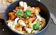 <p>This roasted cauliflower bowl is a light and easy dinner that's bursting with flavor! </p>
