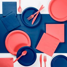 Creative Converting This trendy duo is ideal for many occasions. This Paper/Plastic Party Supplies Kit contains everything you need to serve your guests. Mix and match this kit with party supplies to complete the look. Coral Party, Navy Party, Disposable Plastic Plates, Disposable Tableware, Coral Baby Showers, Blue Desserts, Plastic Tablecloth, Paper Decorations, Kit
