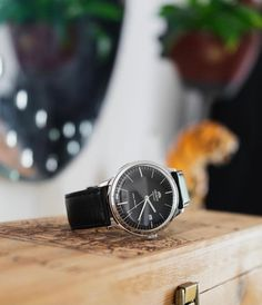 A watch that brings all environments alive. ⌚: FAC0000DB0 Contemporary Classic, Stainless Steel Case, Watches, Crystals, Accessories, Wristwatches, Clocks, Crystal, Crystals Minerals