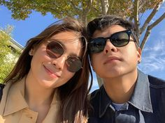 "Kapamilya actress Kathryn Bernardo wrote a ""nakakakilig"" tribute to her boyfriends and KathNiel love team partner Daniel Padilla. Ulzzang Couple, Ulzzang Girl, Boy Photography Poses, Amazing Photography, Filipino, Kathryn Bernardo Photoshoot, Daniel Padilla, Ford, Bts Pictures"
