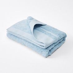 A little luxury everyday! Our Egyptian Cotton Bath Towel is woven from superior Egyptian cotton that provides superb absorbency and longevity. Coastal Bathrooms, Egyptian Cotton, Bath Towels, Luxury, Target, Australia, Target Audience, Goals