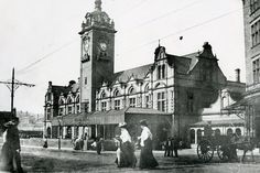 The new station. Going by the clock tower, this would be Victoria station. Nottingham Uk, Great British, Exeter, Old Buildings, Old Pictures, Victoria, Family History, City, Travel