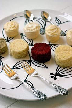 Wedding Cake Tasting Plate, via Flickr.