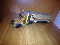 Din pasiune pentru camioane