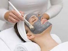 MASCA PEEL OFF CU CARBUNE ACTIV SI EXTRACT DIN SAMBURI DE STRUGURI PURIFICATOARE DETOXIFIANTA DR. TEMT este o masca cosmetica profesionala care se plastifica pe fata si actioneaza ca un tratament eficient pentru detoxifierea si revitalizarea tenului.  MASCA PEEL OFF CU CARBUNE ACTIV SI EXTRACT DIN SAMBURI DE STRUGURI PURIFICATOARE DETOXIFIANTA DR. TEMT este recomandata pentru toate tipurile de ten, in special pentru tenul matur, mixt si cel gras, cu pori dilatati si cu impuritati.