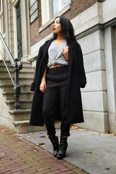 Best Outfit Ideas For Fall And Winter  30 Ways to Jazz Up a Classic Black Coat