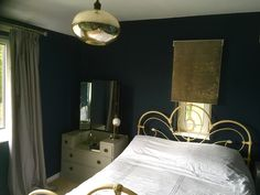 Dark blue moody wallpaper is used as a backdrop for dramatic lighting and upcycled furniture in this dramatic bedroom makeover Diy Pallet Furniture, Refurbished Furniture, Furniture Layout, Upcycled Furniture, Small Living Room Furniture, Boho Living Room, Bedroom Furniture, Dark Blue Bedrooms, Moody Wallpaper