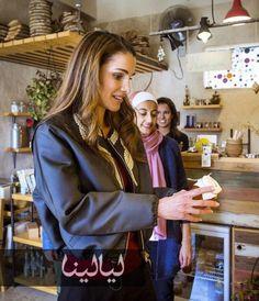 رانيا العبدالله بإطلالة خريفية نعم إنها ملكة الأناقة @layalina
